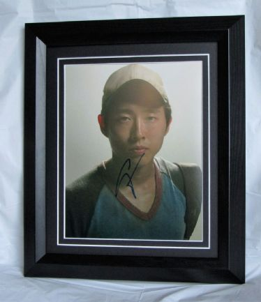 "A510SY STEVEN YEUN - ""THE WALKING DEAD"" SIGNED"